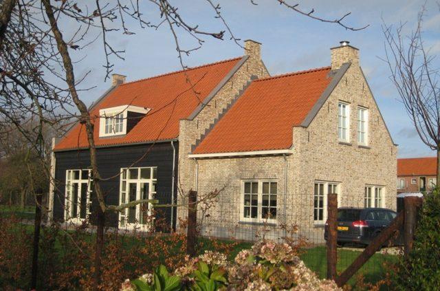 Nieuwbouw woning in 'Ouddorpse Boerderijstijl'