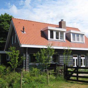Nieuwbouw vrijstaande woning, deels verbouw bestaande woning
