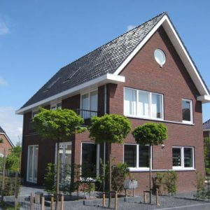 Ruime vrijstaande woning met een eigentijdse uitstraling